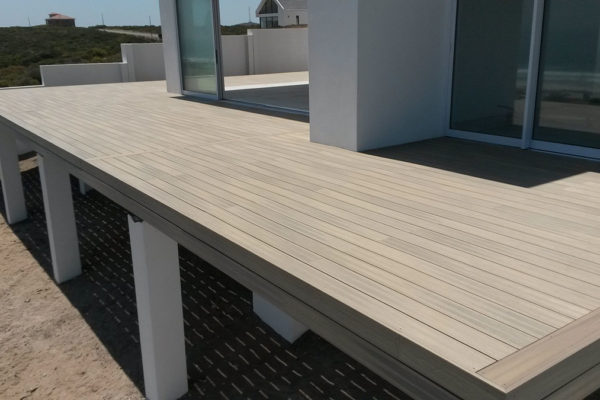 Timber Construction Composite Decking 31